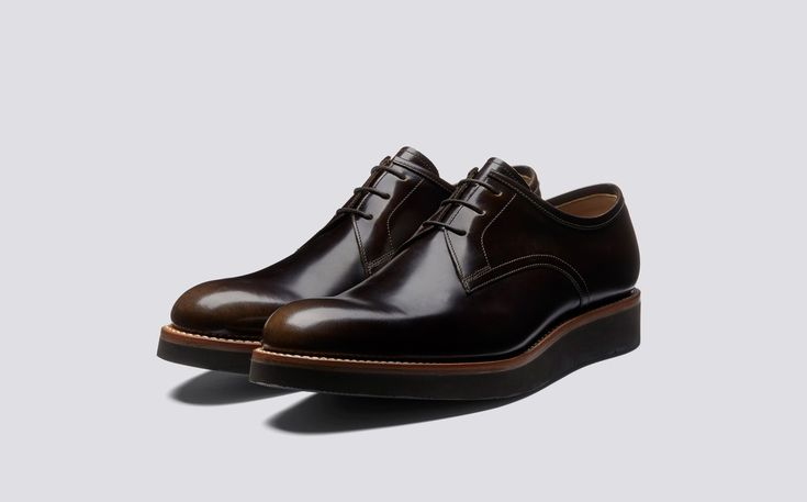 Lennie | Mens Derby in Pickled Walnut Hi Shine on Black Wedge Sole | Grenson Shoes - Three Quarter View