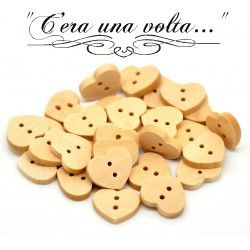 Bottoni in legno a forma di cuore http://www.merceriaceraunavolta.it/24-creative-crafs#/