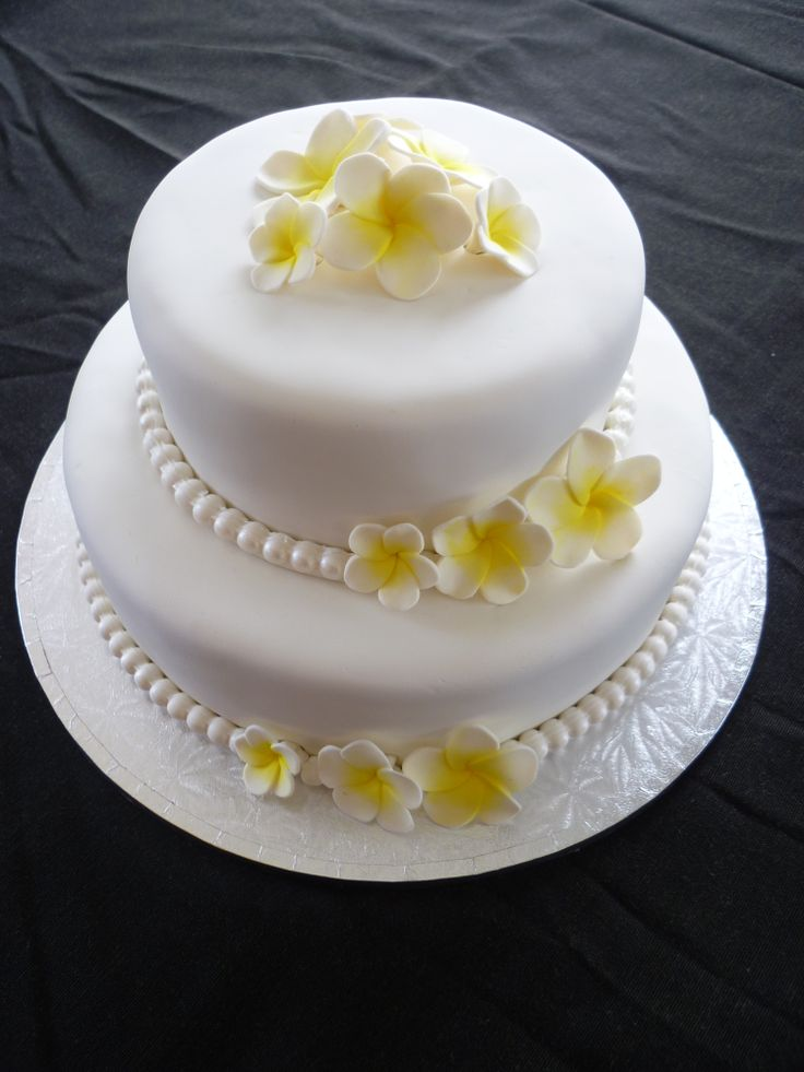 frangipani wedding cakes frangipani wedding cake cakes i ve made cupcakes and 14445
