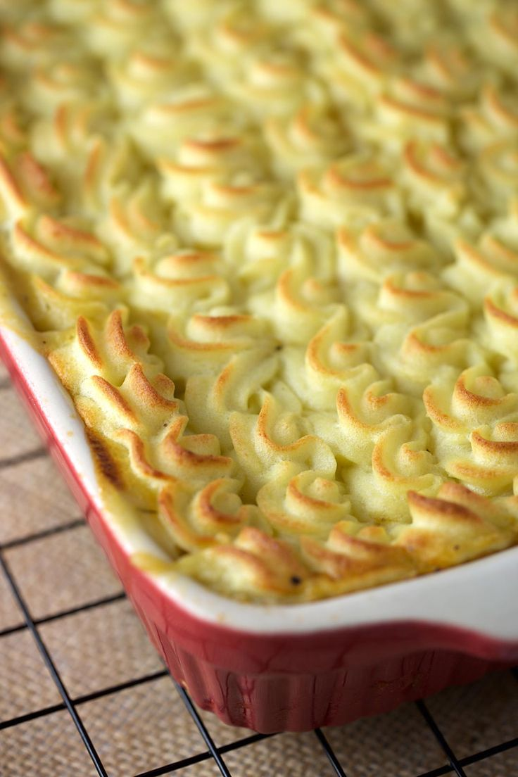 Look how beautiful, yummy potato topping for this shepherds pie recipe