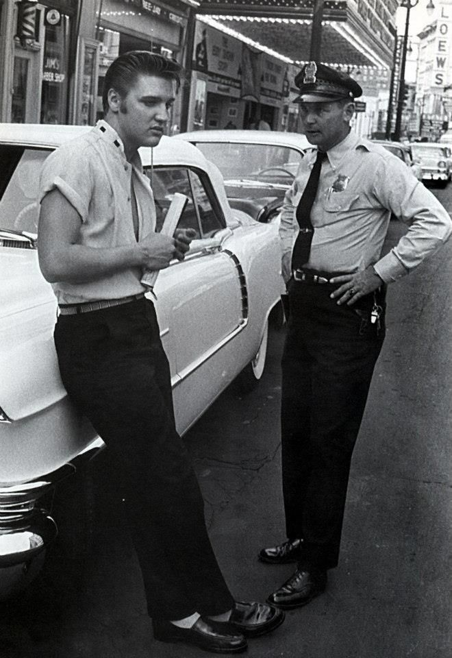 an analysis of memphis police officers On october 3, 1974, officers hymon and wright of the memphis police department responded to a call about a burglary in progress when they arrived at the address, a woman standing in the door told the officers that she had heard glass breaking and that someone was breaking into the house next door.