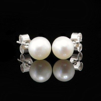 Pearl Earrings from Lesley H Phillips.
