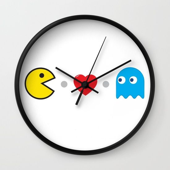 PAC-MAN HEART Wall Clock