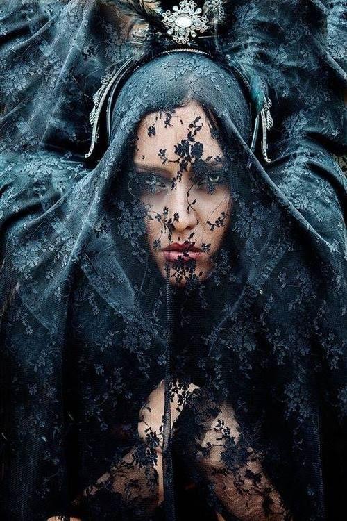 ☫ A Veiled Tale ☫ wedding, artistic and couture veil inspiration - Barrionuevo Photographer