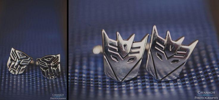 Transformer cufflinks for the groom or groomsmen. Image: Cavanagh Photography http://cavanaghphotography.com.au