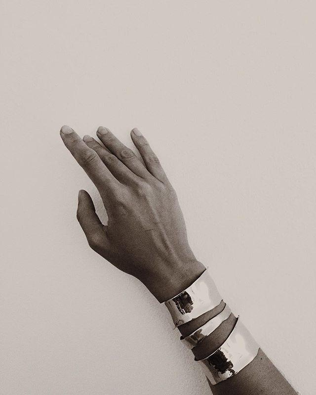 uneven silver cuff bangles coyotenegro/