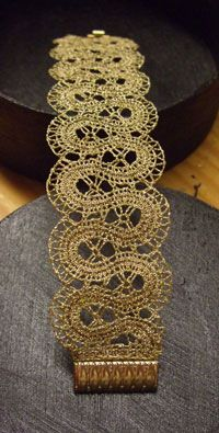 Wire lace Bracelet I think  BRACCIALI DMC