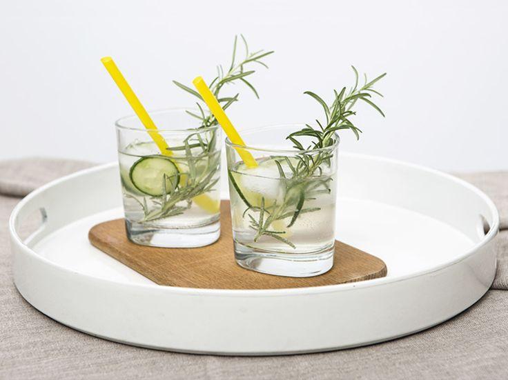 DIY-Anleitung: Gin-Cocktail mit Rosmarin zubereiten via DaWanda.com
