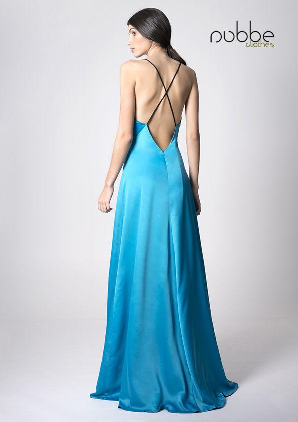 NUBBE CLOTHES S/S 17 | VESTIDO LENCERO  El #vestido Juana, fabricado en #satén, es una magnífica elección para ese #evento especial en estos días de calor; con un precioso #escote a la espalda, incorpora un maxi #lazo en el frontal derecho.  http://nubbeclothes.com/shop/vestidos-y-monos/vestido-juana/  Imagen: Vestido Juana. Colección Nubbe Clothes #SS17  #moda #fashion #madeinspain #modagallega
