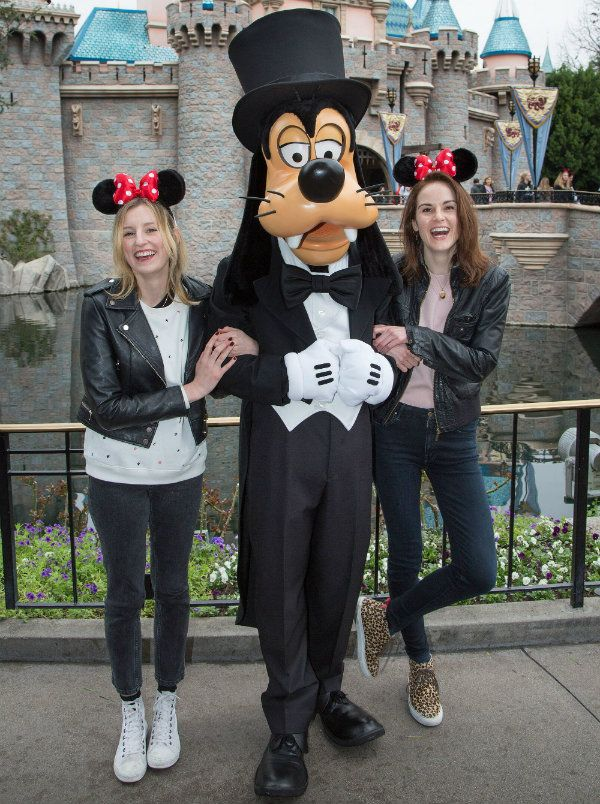 Two of my favorite worlds collided last weekend when Downton Abbey darlings, Michelle Dockery and Laura Carmichael popped in to Disneyland. Here they are posing with Goofy. Oh boy, how I wish I could have run into them that day!