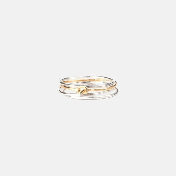Bennt - Hammered Knot Ring Stack