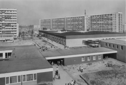 Real Neustadt Halle