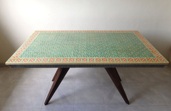 Stenciled dining table inspired by vintage mosaic