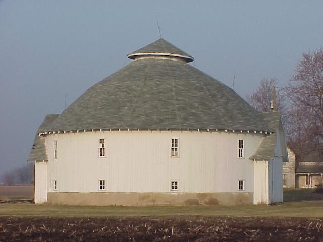 326 best round barns images on pinterest barn barns and for Barn house indiana