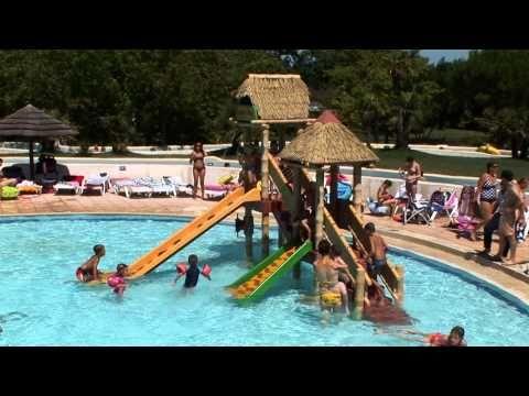 Grote Gezinscamping Met Een Groot Zwembad Met Kinderbad En Zonneterras Aan De Rivier Kunt U Van De Zon Genieten Voor De Kleintjes Is Er Campings Grot