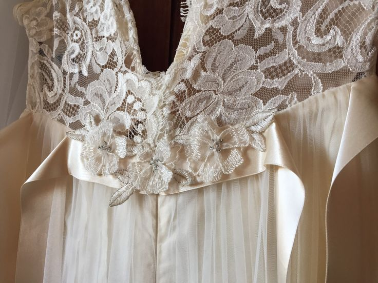 Vera&MatteWedding  Pettibonne romantic dress