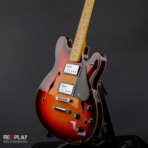 Fender Starcaster - Aged Cherry Burst