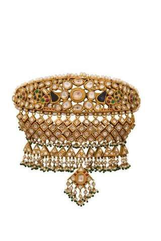 Jewellery Connoisseur Tanya Rastogi for Lala Jugal Kishore Jewellers brings back Awadhi Royalty to life with Bridal Jewellery Collection
