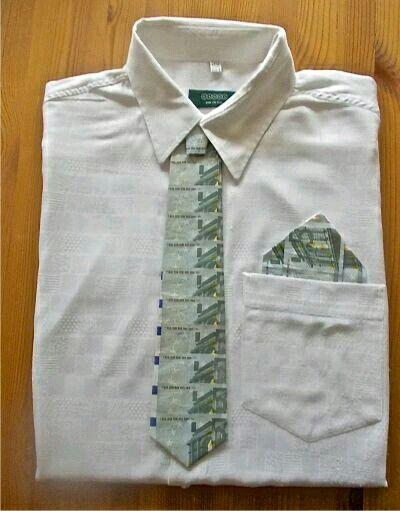 Geld liebevoll verpacken  Hemd  mit  Schlips  und