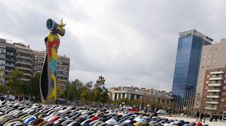 Pour «renforcer la communauté musulmane», une association islamique a collé des affiches à travers Barcelone pour encourager ses fidèles à se marier avec des espagnoles chrétiennes ou juives.