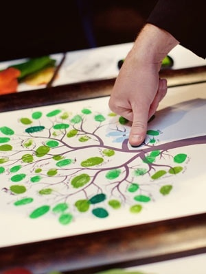 I love this!  Must do!Ideas, Guest Books, Fingerprints Trees, Thumb Prints, Families Meeting, Unique Wedding, Ink Pads, Families Trees, Guestbook