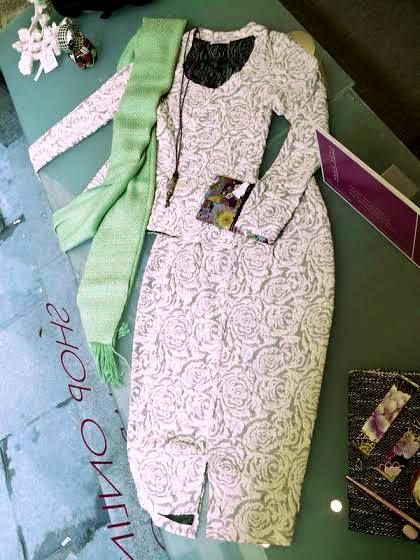Anna Povo S/S 14 white roses blouse and skirt