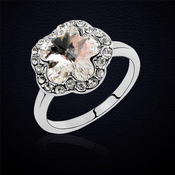 Goedkope Nieuwe Mode Pruim bloem crystal ring voor Vrouwen Geplatineerd bruiloft sieraden gemaakt met Swarovski Elements De Partij Ringen, koop Kwaliteit ringen rechtstreeks van Leveranciers van China:                                  dragen Gelegenheid: Dagelijks Dragen/Kantoor/WinkelenGift voor: Meisje vriend/Vrouw/Mom