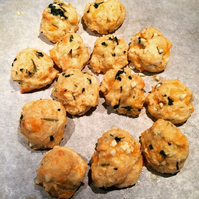 Cheddar bay biscuits (just like at Red Lobster) with my personal addition of Rosemary