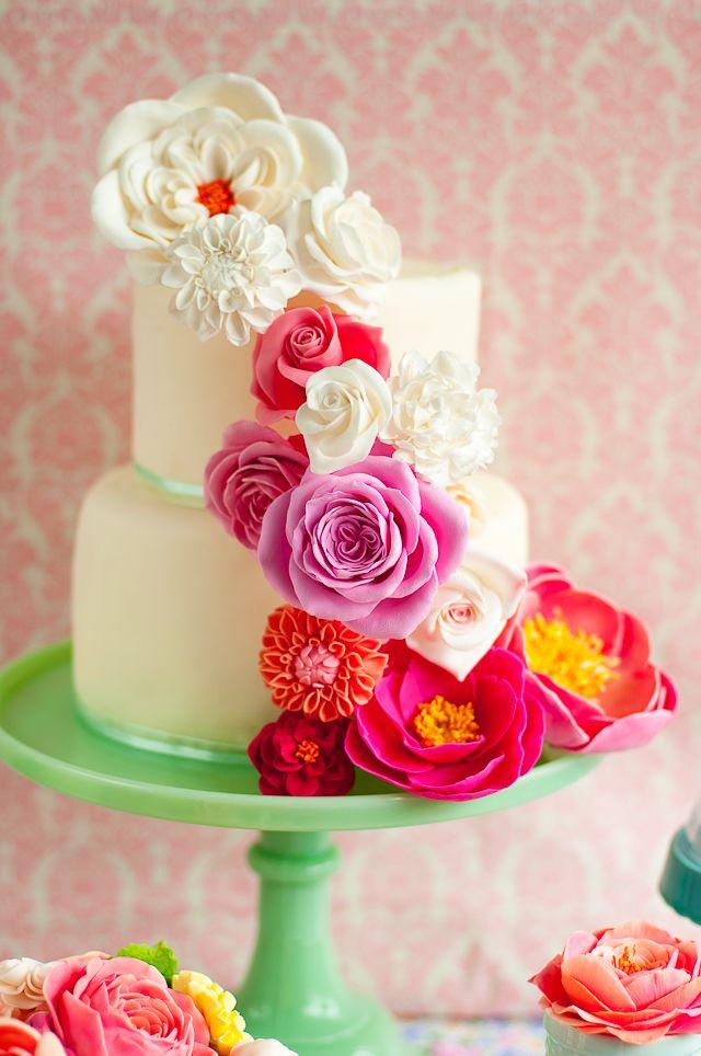 floral birthday cake // Lulu's Sweet Secrets