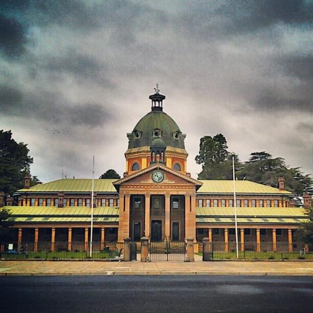Bathurst Town Hall (via Instagram)