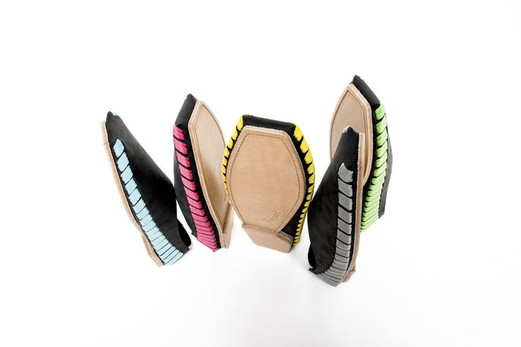Colorful but minimal flat-packed leather shoes are assembled with a single piece of shoelace. Pikkpack shoes are designed by Sara Gulyas and funded on Kickstarter! Try to assemble here: http://www.pikkpack.com/buy/