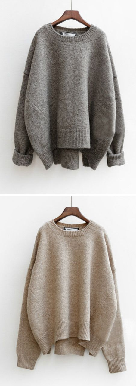 Nice knits to keep you warm in chill winter. It features round neck, long sleeve and loose fit design.