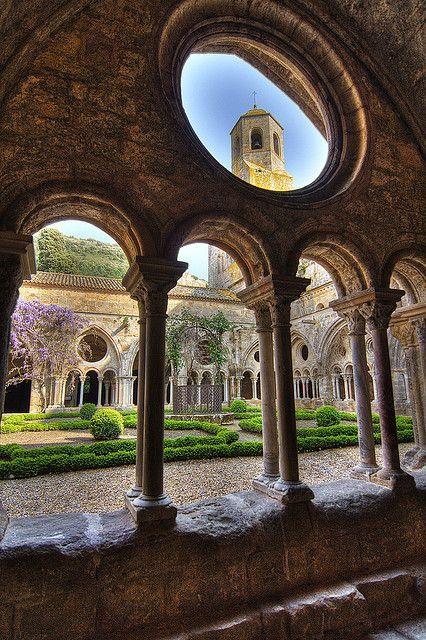 Abbaye de Frontfroide, France   http://fr.pinterest.com/adisavoiaditrev/