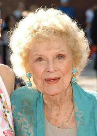 """Beloved Hollywood actress Gloria Stuart, who played the older version of Kate Winslet's character in """"Titanic,"""" has died at the age of 100. Stuart passed away on ..."""