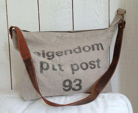 Large canvas vintage postbag cross over bag by BooneStaakjeS #canvas bag, #crossover bag, #shoulder bag, #etsy
