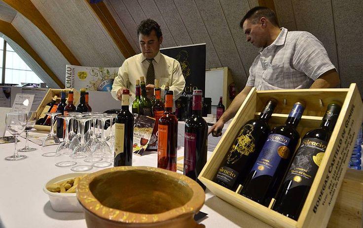 Tierras del Cid busca ideas en la Feria del Vino  Habilita un buzón de sugerencias y distribuirá una encuesta