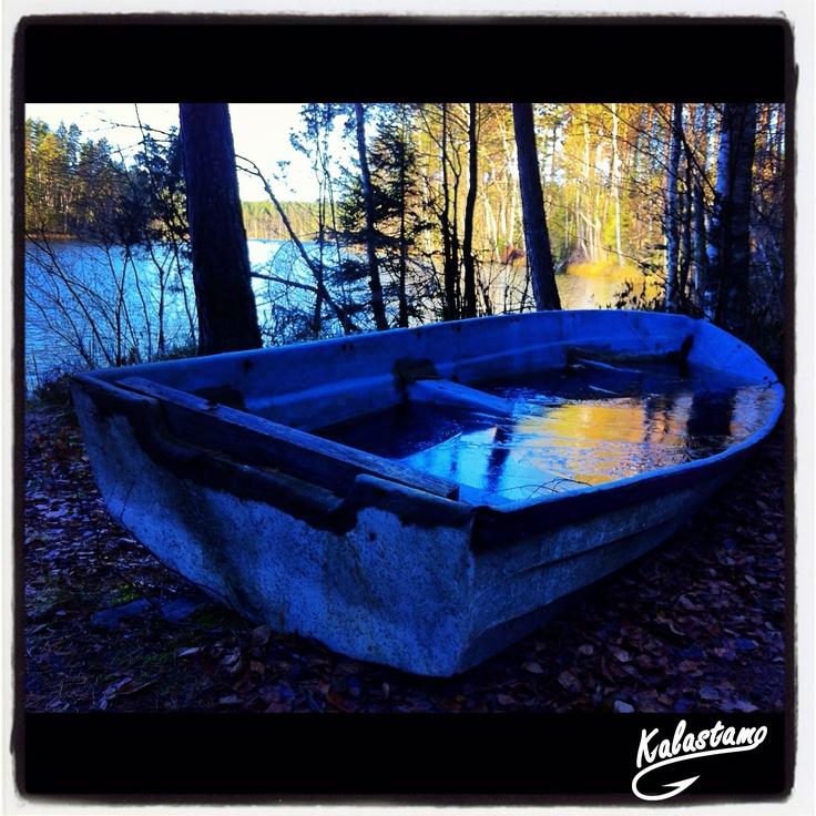 Frozen Boat - www.kalastamo.com