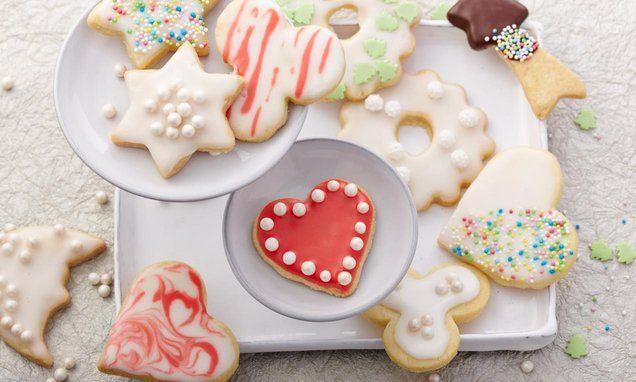 k stliche kekse zum ausstechen rezepte auf pinterest pl tzchen rezept zum ausstechen. Black Bedroom Furniture Sets. Home Design Ideas