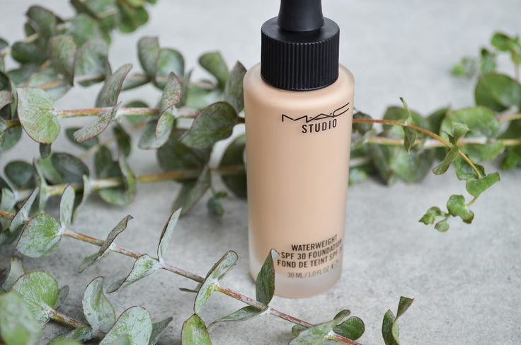 Summer Base, Sorted | MAC Waterweight Foundation Review