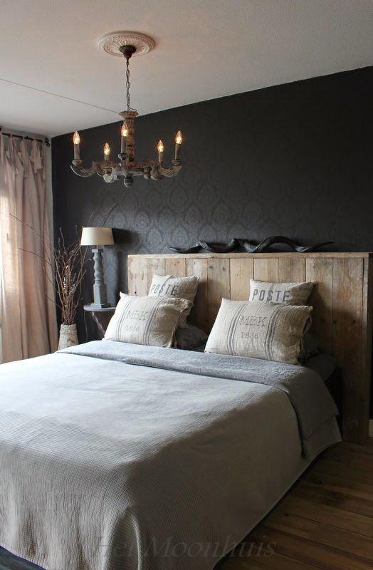Slaapkamer met rustige bruin- en grijstinten voor een rustieke sfeer #woonstijl #landelijk: