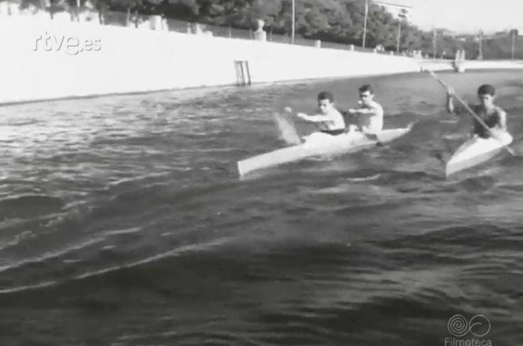 Julio 1966 - Competición piragüismo en el Manzanares (Madrid).