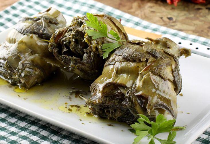 Un piatto che esalta tutto il sapore di questo prodotto a marchio Dop. Il carciofo spinoso di Sardegna contienetante virtù terapeutiche e salutari dovute al suo contenuto salino e vitaminico e agli elementi nutritivi a spiccata azione depurativa per l'organismo.