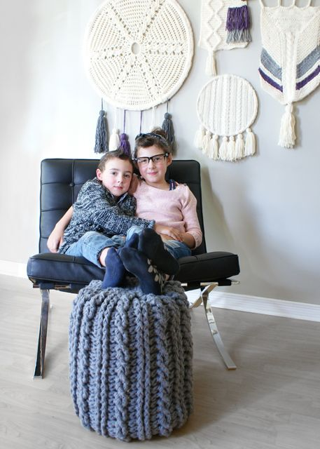 2015024 Crochet Cable Footstool — Midknits