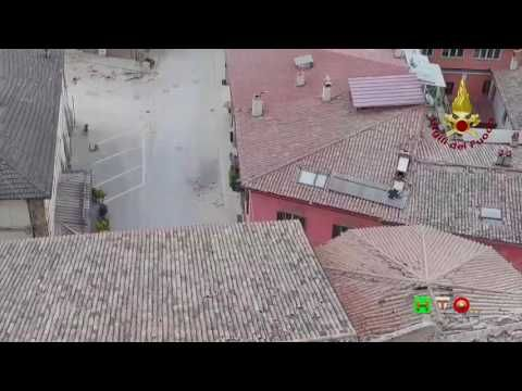 Sisma centro Italia - Soccorsi dei Vigili del Fuoco - Norcia 2 Novembre ...