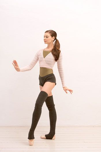 Completely toned. Not a trouble area in sight. Mary Helen Bowers - Ballet Beautiful workout