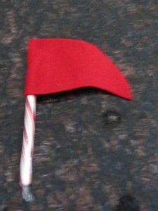 Eeeek!  DIY Candy Cane Flag