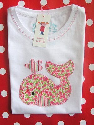 maria pigtails: WHALE SHIRT. € 18