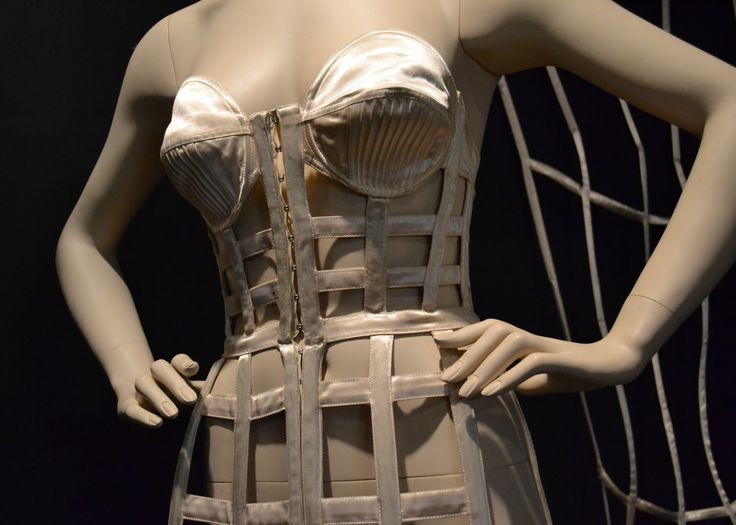 Gaultier Cage detail front