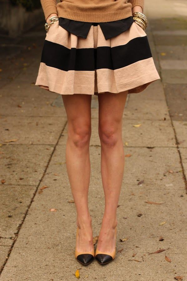 ...to find a striped skirt for fall.: Shoes, Colors Combos, Full Skirts, Outfit, Stripes Skirts, Pockets, Heels, Black, Cute Skirts