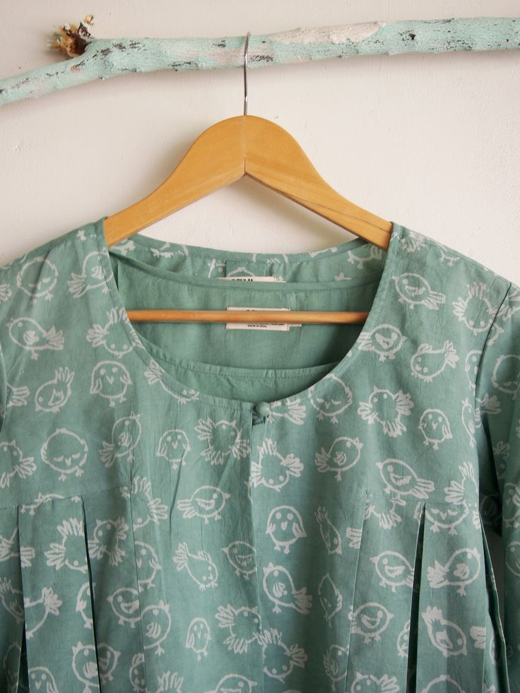 Its a elegant mint shade top with plain inner it has birds  on it. It's Pure cotton is perfect for the season. Now available online. >> top. #shopnow #linkinbio #chhapa #blockprint #handprinted #handmade #purecotton #cotton #pastel #summer2017 #summercolors #summercollection